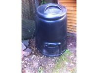 Garden Composter - Large 220 Litre Size and Good Condition n.