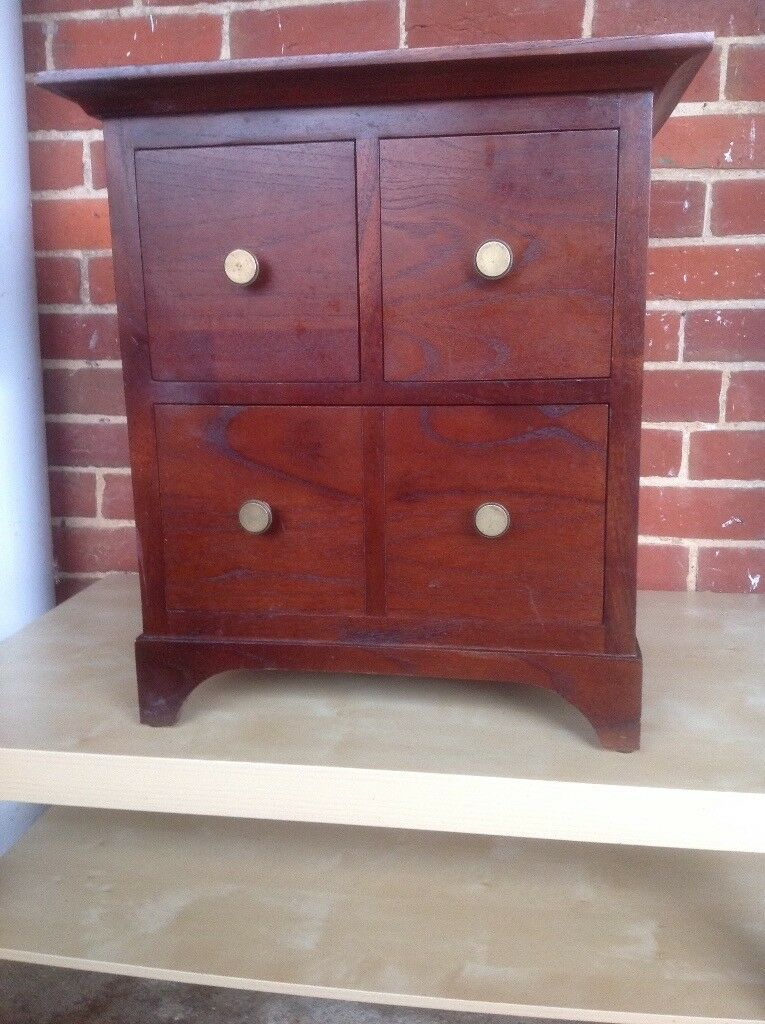 Chest Of 4 Drawers Marks And Spencer Hight 56 Cm 50 Cm