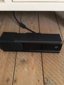 Xbox One Kinect sensor with tv clip