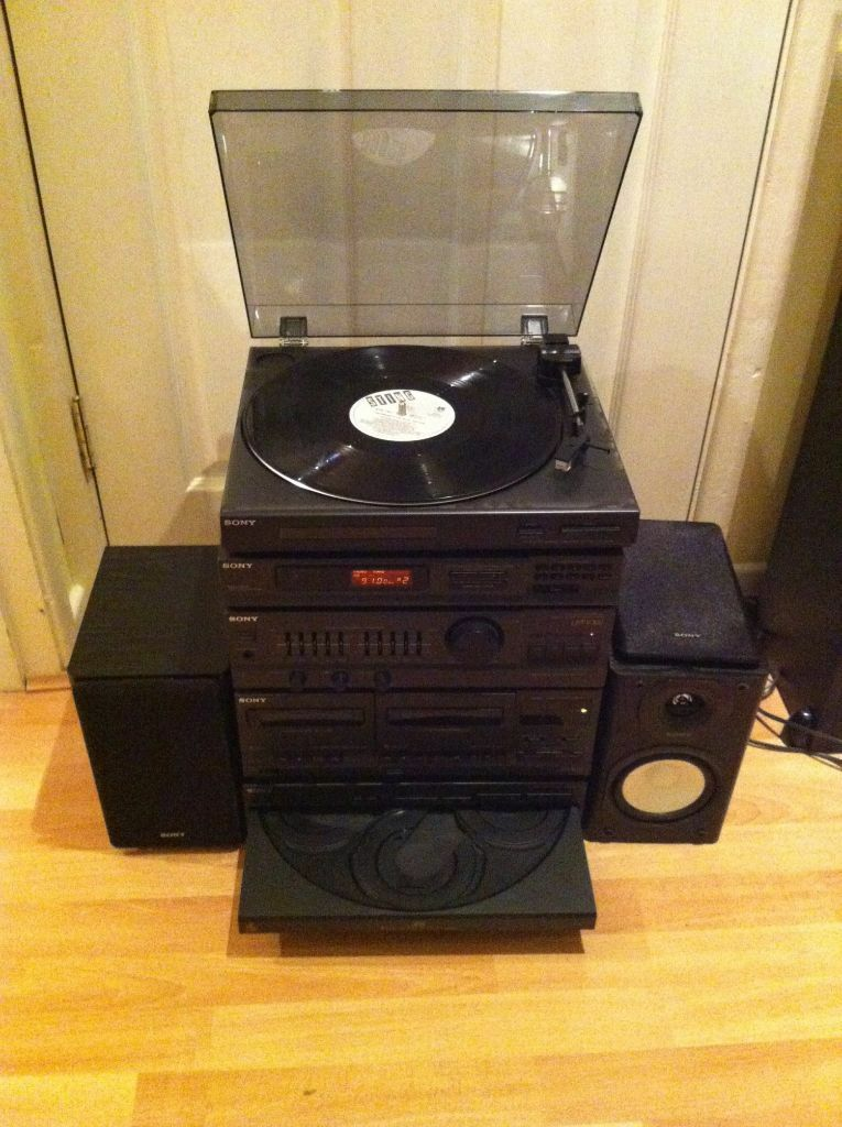 Sony Hi Fi System With 5 Disc Cd Changer And Turntable