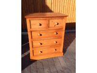 Country pine chest of drawers.