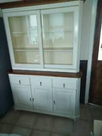 Kitchen dresser unit
