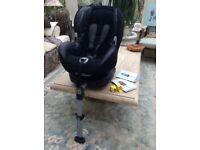 Maxi-Cosi Priorifix childs car seat.