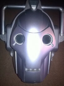 Cybermen helmet with button pressed voices (pre-owned)