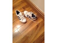 Kids addidas superstars trainers 2.5