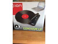 Contour Compact Vinyl Player