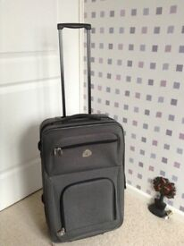 Globe trotter towable suitcase