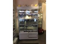 Display case with 3 glass shelves