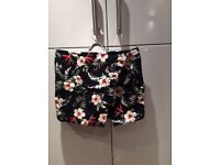 Hollister skort Size S great condition