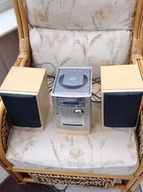 Sanyo mini stereo with speakers, cd, radio, cassette tape