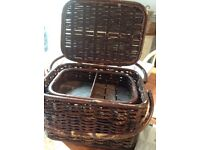 Lovely sturdy old sewing box with handle and tray inside
