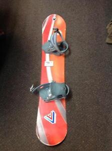Firefly snowboard w/ bindings -size 125- (sku: Z14991)