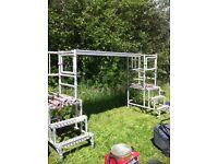 Aluminium scaffolding step tower