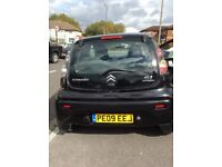 Black 5 door Citroen C1