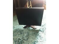 """19"""" LCD monitor with built-in speaker"""