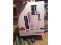 Brand new Bosch 700 w juicer