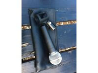 Shure SM58 and Mic Holder - Perfect working order. Sm-58