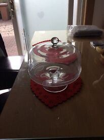 Glass cake stand with cover