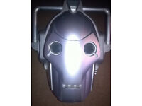 Dr who cybermen helmet with voice activate (pre-owned and used)