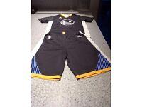 Klay Thompson nba kit , good condition, medium kids size.