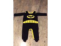 BABY BATMAN SLEEPSUIT AGE 3-6 MONTHS. 100% COTTON.