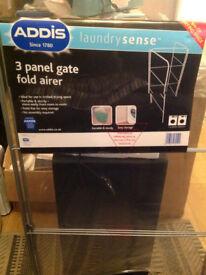 ADDIS 3Panel Gate Fold Airer