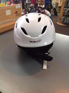Giro 9.Ten Ski Helmet - Adult Medium - white (sku: VSEP3L)