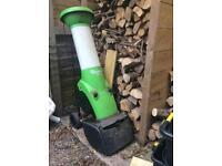 Viking GE 250 garden waste mulcher