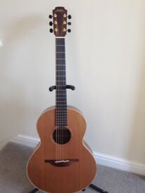 Lowden S23 Guitar. Excellent condition. Amazing sound. Lowden embossed hiscox flight case. SUPERB!