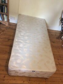Single divan bed base and Sealy luxury mattress