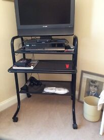 Mobile computer desk or TV stand