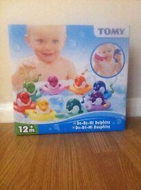 Brand new in box Tomy do re mi dolphin bath box