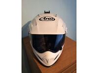 ARAI TOUR X3 MOTORCYCLE CRASH HELMET.