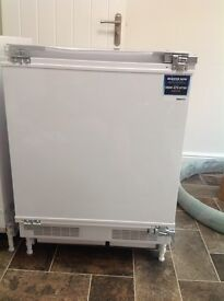 BEKO UNDERCOUNTER INTEGRATED FREEZER