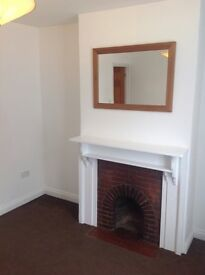 Spacious 2 bed character house central TWYFORD