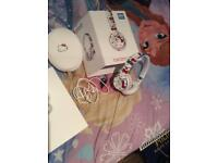 Beats Solo2 Wired headphones Hello Kitty