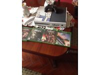 Xbox one 500gb (fallout edition) with 4 games