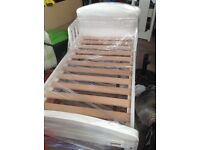 East Coast toddler bed and bedding