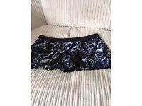 Short/skirt size 16