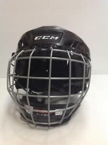CCM FL40 Hockey Helmet with Cage (CWPUS3)