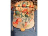 Baby bouncer / baby chair nearly new