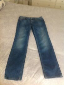 Tommy Hilfiger ladies straight leg jeans size 30/32