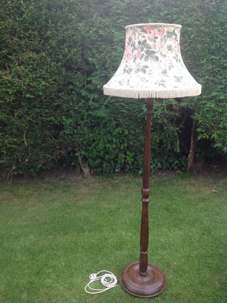 Antique Vintage Wood Turned Floor Lamp Stand With Original