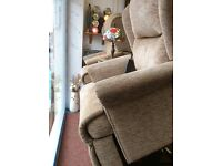 Free delivery rise and recliner excellent condition