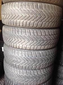 4 pneus 195/65 r15 goodyear ultra grip ice d'hiver.  100$