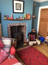 Double room for rent in family home Monday - Friday