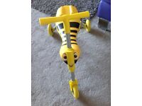 Scuttlebug Bee ride on