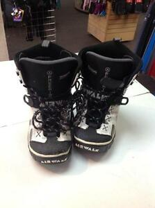 Air walk Freeride Snowboard Boots -size 10 (43)- (sku: Z14923)