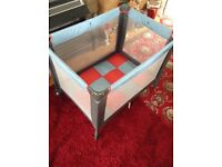 Baby Travel Cot (Like New, GRACO)