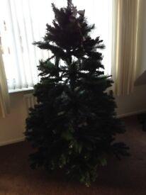 Christmas tree + 4 sets of lights